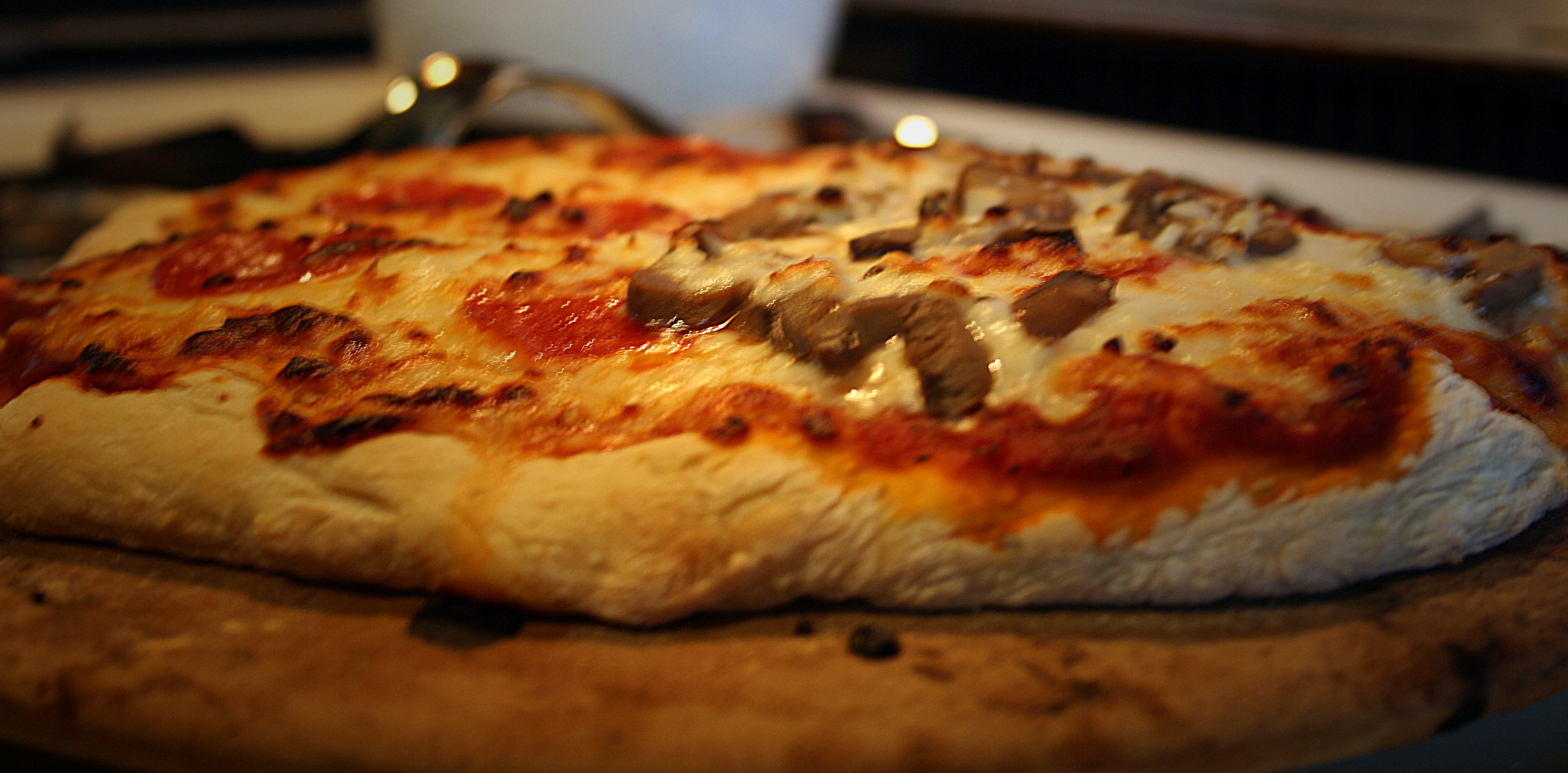 Pizza Stone Vs Skillet Method